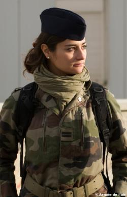 http://commando-air.fr/resources/_wsb_250x386_le-lieutenant-charline-redin.jpg